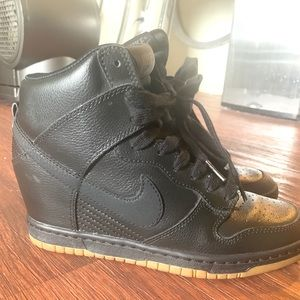 Dunk Sky Hi Wedge Sneaker